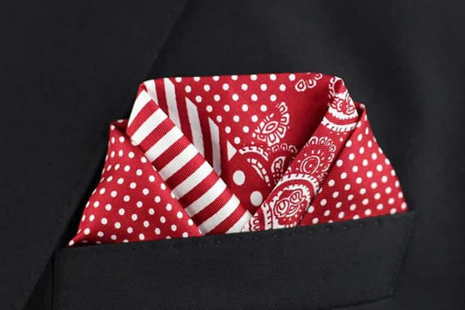 The Scallop Fold For Pocket Squares