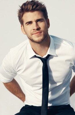Liam Hemsworth<br/> Click Photo To Enlarge Or Print