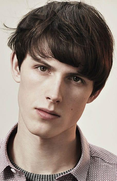 Men's Messy Medium Fringe Haircut