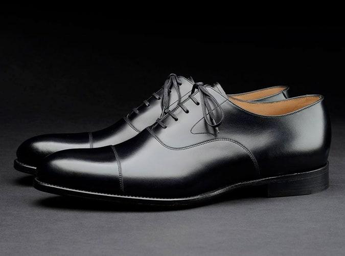 Loake shoemakers black oxford